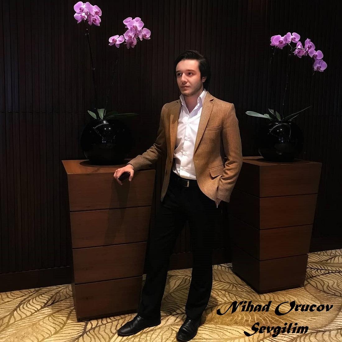 http://s13.picofile.com/file/8399782434/18Nihad_Orucov_Sevgilim.jpg