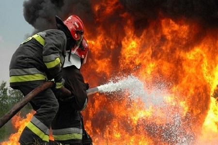 آتشسوزی در طرح سالمسازی ساحل آستارا مهار شد