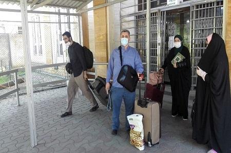 طلاب تبعه جمهوریآذربایجان از مرز آستارا به کشور خود بازگشتند