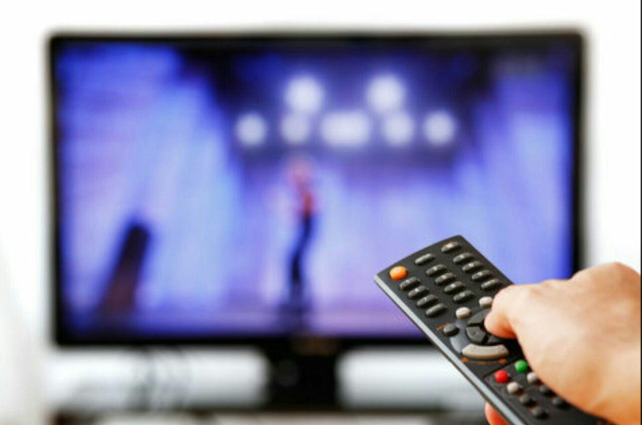 فیلمهای سینمایی و تلویزیونی پنج شنبه و جمعه دوم و سوم مرداد ماه